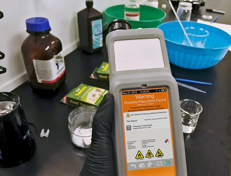 Scopri la spettroscopia Raman portatile per l'identificazione e la verifica dei materiali